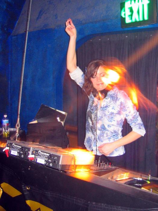 unenCODE commandSET at DNA Lounge - 02/26/04