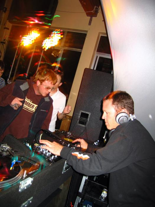 Spundae & Opel Love Parade after party - 10/02/04
