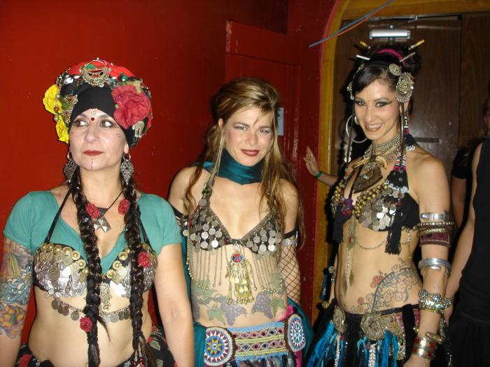 lineage......Carolena of Fat Chance, Jill of Ultra Gypsy and Rachel of the Bellydance Superstars