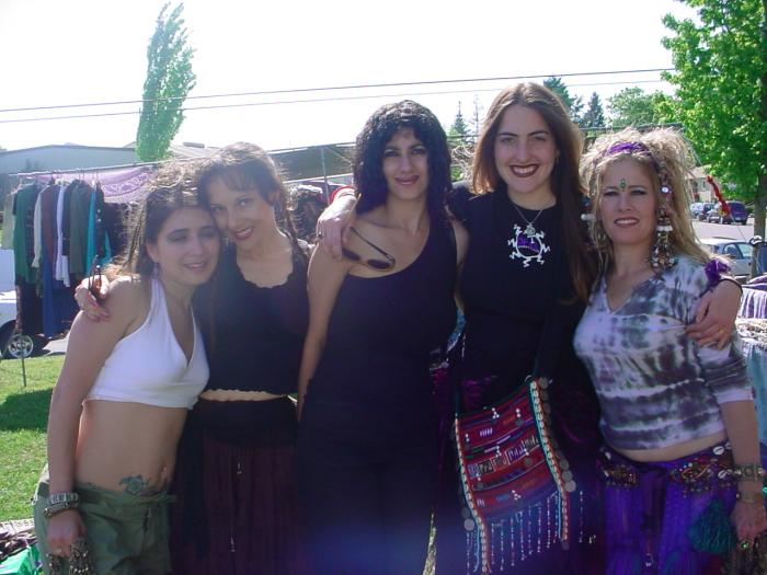 friends from LA, Rahana, Claudia, Christina, Gina and Akasha of Yaleil